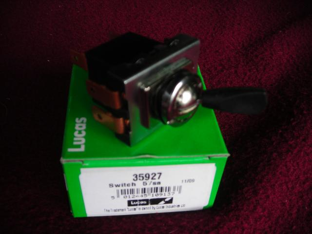 Lucas 31788 or 35927 3-position Toggle Switch, Off-on-on, New