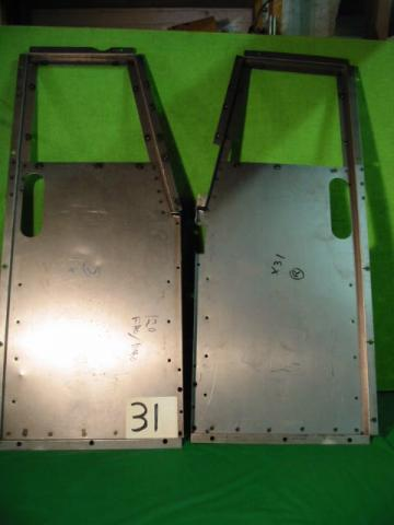Metal Floor Pair, Jaguar XK120 DHC & FHC, #X31, New