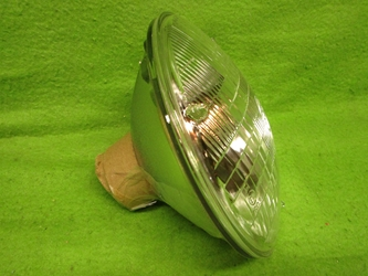 Lucas 7-inch Sealed Beam Headlamp, RHD, NOS